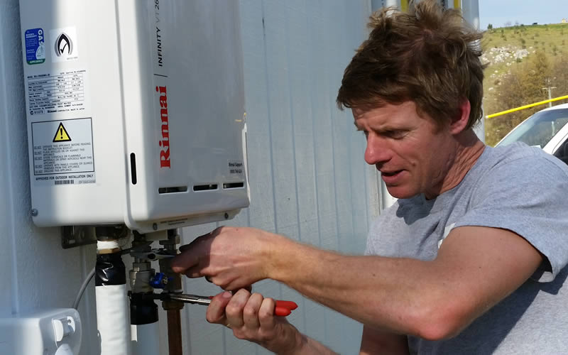 Gas Hot Water Servicing